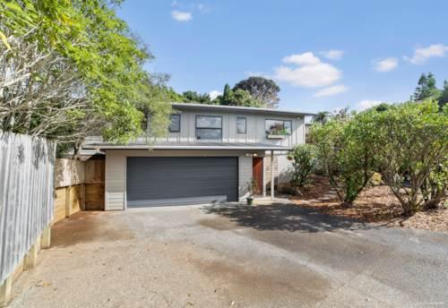 Birkdale, Beautiful family home, Property ID: 811082 | Barfoot & Thompson