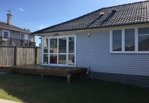 Papakura, Pahurehure Cusp, Property ID: 35001173 | Barfoot & Thompson