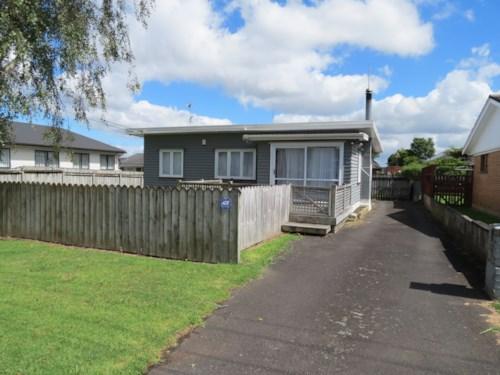 Papakura, Close to town, Property ID: 35001325 | Barfoot & Thompson