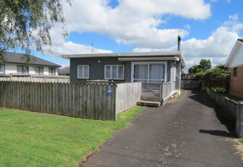 Papakura, Close to town, Property ID: 35001325 | Barfoot & Thompson