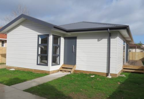 Papakura, Settled on Settlement Road, Property ID: 35001385 | Barfoot & Thompson