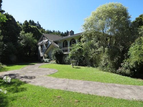 Opaheke, Gatland Road, Property ID: 35001429 | Barfoot & Thompson