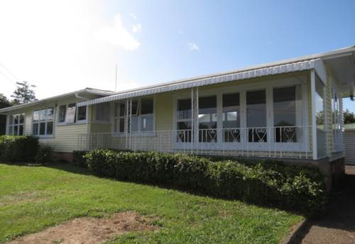 Papakura, Cliff Road, Property ID: 35001472 | Barfoot & Thompson
