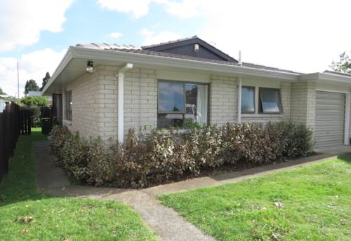 Papakura, Chapel Street, Property ID: 35001481 | Barfoot & Thompson