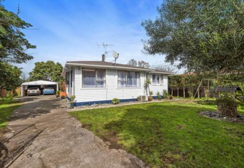 Papakura, Oh so Wonderful on Old Wairoa, Property ID: 35001593 | Barfoot & Thompson