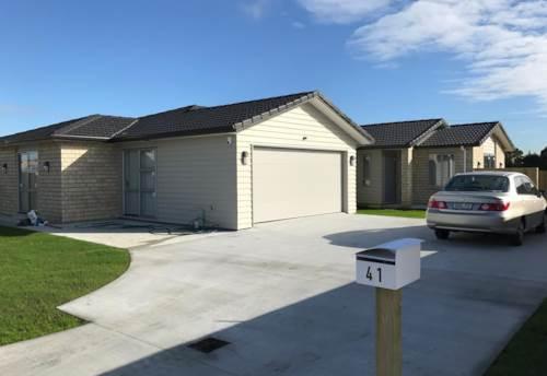 Papakura, Wellfield Wonder!, Property ID: 35003777 | Barfoot & Thompson