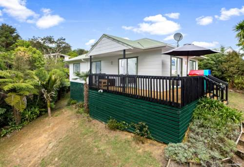 Orere Point, Summer at the Bay!, Property ID: 35003793 | Barfoot & Thompson
