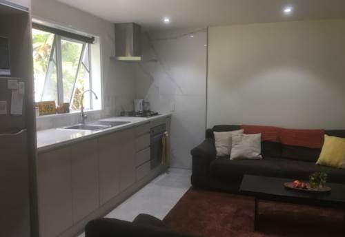 Manurewa, Hill Road Heaven!, Property ID: 35003822 | Barfoot & Thompson