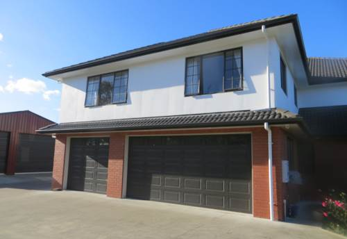 Alfriston, Excellent condtion 2 bedroom unit. - Rent includes power & water, Property ID: 36001879 | Barfoot & Thompson