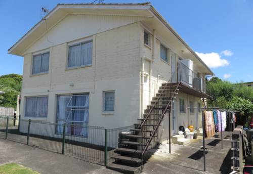Otahuhu, 2 Bedroom Otahuhu Unit, Property ID: 36002010 | Barfoot & Thompson
