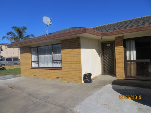 Papatoetoe, Nice Family townhouse In Central Location, Property ID: 36002190 | Barfoot & Thompson