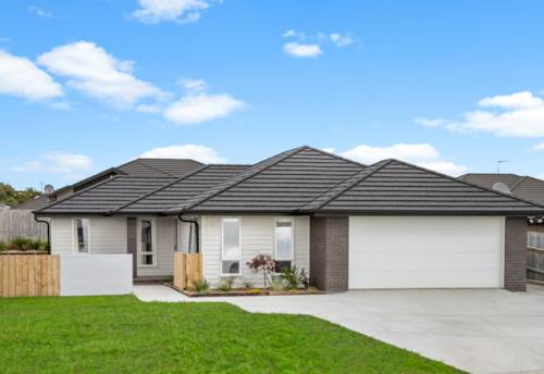 Waiuku, Perfectly positioned, Property ID: 810729 | Barfoot & Thompson