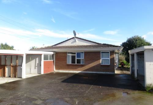 Papatoetoe, 2 Bed flat in central location, Property ID: 36002403 | Barfoot & Thompson