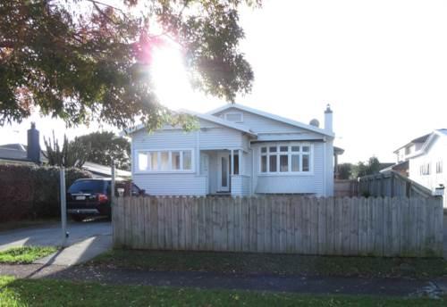 Papatoetoe, Spacious 3 Bedroom Family House...., Property ID: 36002445 | Barfoot & Thompson