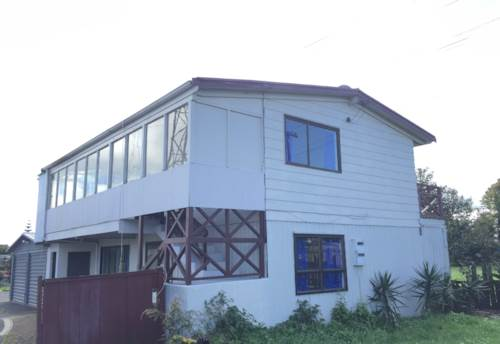 Mt Wellington, 2 Bedroom Down stairs unit - Includes water!, Property ID: 36002537   Barfoot & Thompson