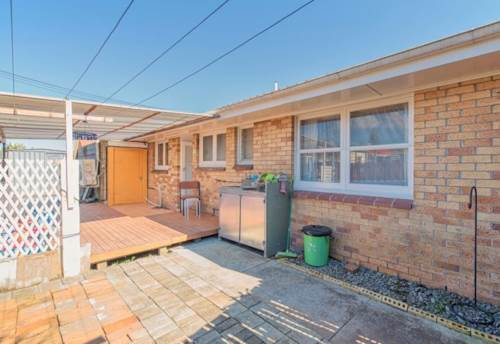 Papatoetoe, 2 Bedroom Unit in Top Location, Property ID: 36002579 | Barfoot & Thompson