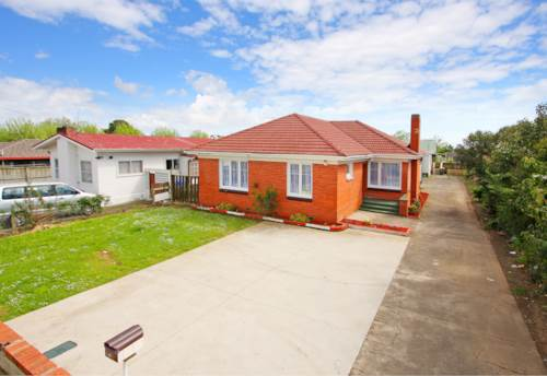 Papatoetoe, Well located 3 Bedroom Family House, Property ID: 36002590 | Barfoot & Thompson