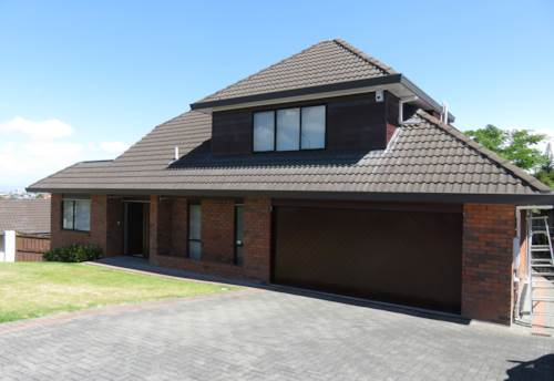 Goodwood Heights, Excellent Views, Property ID: 36002613 | Barfoot & Thompson