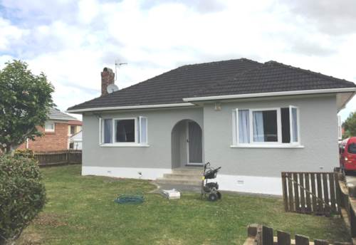 Papatoetoe, 3 Bedroom,2 Bathrooms & Garage, Property ID: 36002629 | Barfoot & Thompson