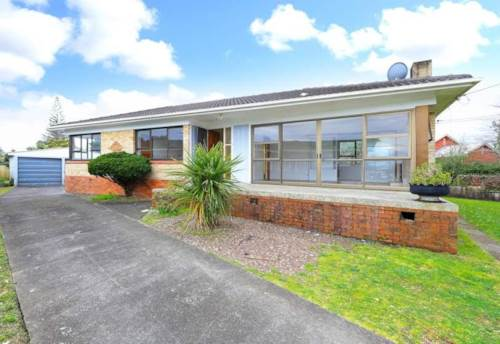 Mangere East, Perfect Family Home - Renovated, Property ID: 36002641 | Barfoot & Thompson