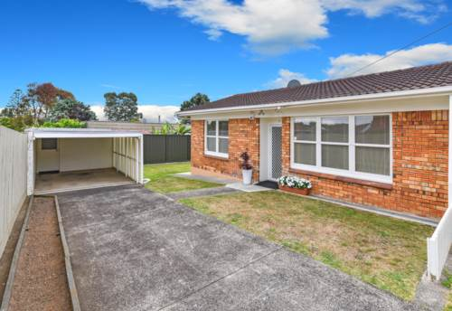 Papatoetoe, 2 Bedroom 1 Bathroom End Unit, Property ID: 36002697 | Barfoot & Thompson