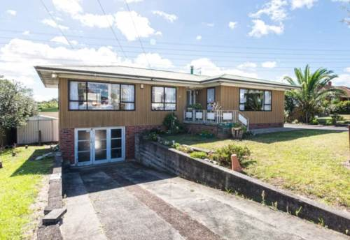 Papatoetoe, Beautiful 3 Bedroom Family Home in Top Papatoetoe Location, Property ID: 36002755 | Barfoot & Thompson