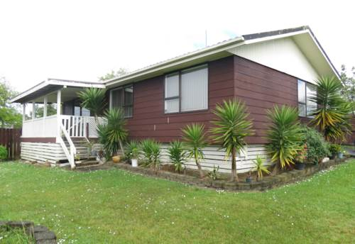 Clover Park, 3 Bedroom, Renovated, Carpark Space, Property ID: 36002881 | Barfoot & Thompson