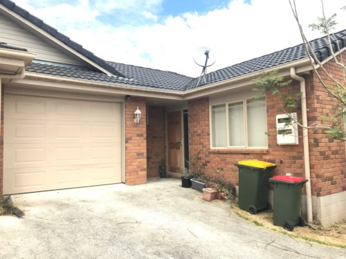 Mangere, 2 BEDROOM UNIT WITH INTERNAL GARAGE IN PENINSULA PARK MANGERE, Property ID: 36002901 | Barfoot & Thompson