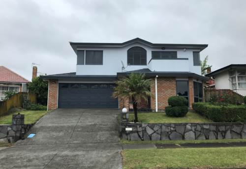 Papatoetoe, 3 Bedroom 2 Bathroom House - Excellent Location , Property ID: 36002937 | Barfoot & Thompson