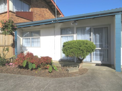 Papatoetoe, FULLY RENOVATED 1 BEDROOM UNIT, Property ID: 36003036 | Barfoot & Thompson