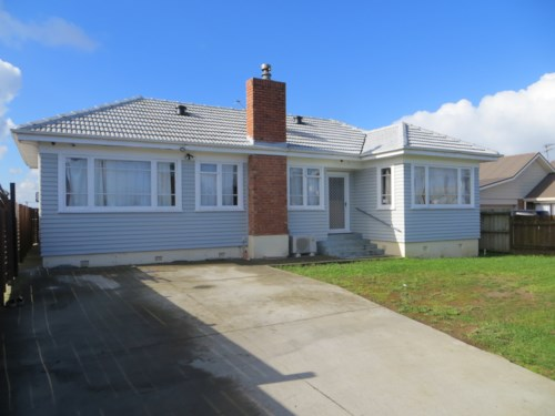 Papatoetoe, Three Bedroom House In Prime Location , Property ID: 36003039 | Barfoot & Thompson