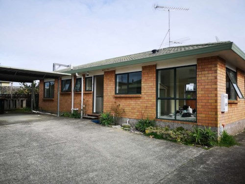 Papatoetoe, Renovated 3 Bedroom House in Papatoetoe, Property ID: 36003051 | Barfoot & Thompson