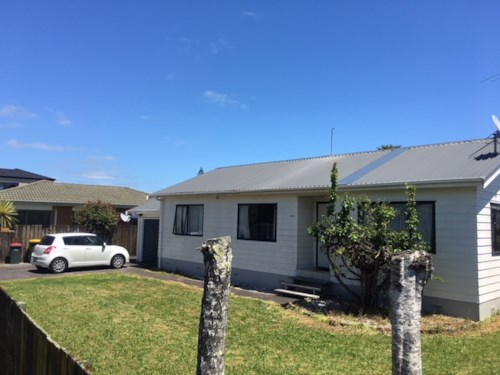 Papatoetoe, 3 Bedroom Home in Desirable Location, Property ID: 36004099 | Barfoot & Thompson