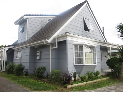 Papatoetoe, Four Bedroom With Double Garage in prime location, Property ID: 36005179 | Barfoot & Thompson