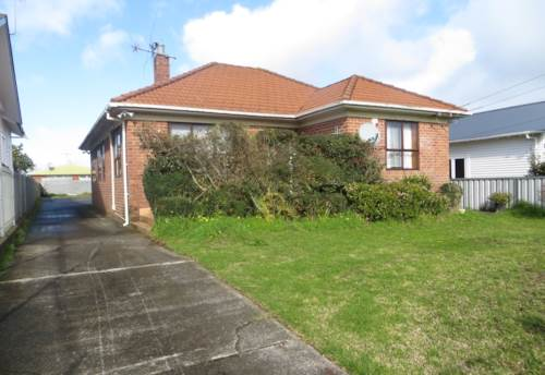Otahuhu, Brick & Tile Family Home, Property ID: 36005203 | Barfoot & Thompson