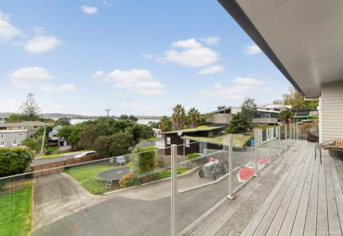 Stanmore Bay, 2 Week Opportunity, Property ID: 811504 | Barfoot & Thompson