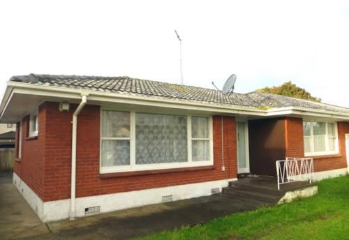 Papatoetoe, Brick and tile 2 bedroom unit, Property ID: 36005212 | Barfoot & Thompson