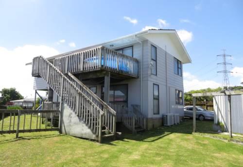 Flat Bush, 3 Bedroom, 1 bathroom House, Property ID: 36005236 | Barfoot & Thompson