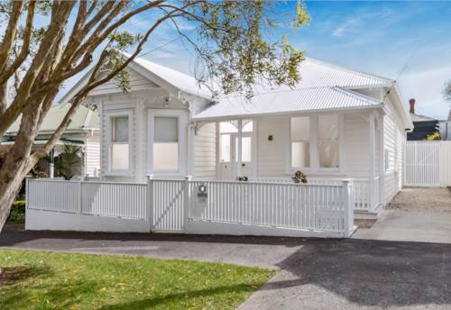 Ponsonby, Position perfect., Property ID: 37001227 | Barfoot & Thompson
