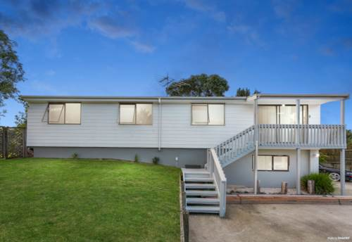 Wattle Downs, Family home in sought after location, Property ID: 811506 | Barfoot & Thompson