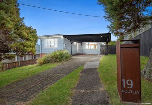 Glen Eden, Don't wait - the future is here, Property ID: 811150 | Barfoot & Thompson