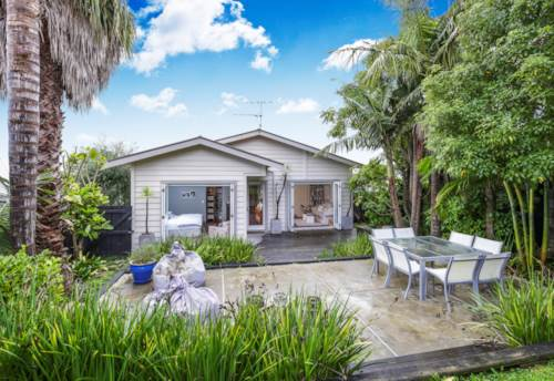 Westmere, So Much More Than Meets The Eye, Property ID: 37001286 | Barfoot & Thompson