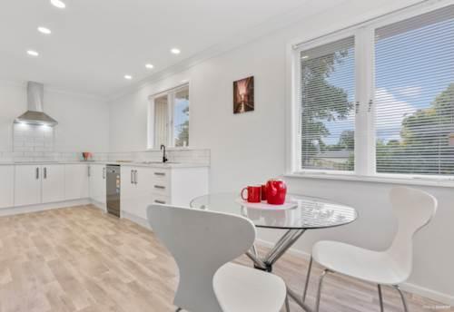 Manurewa, Renovated Beauty, 943m2 Mixed House Urban Zone, Property ID: 811497   Barfoot & Thompson