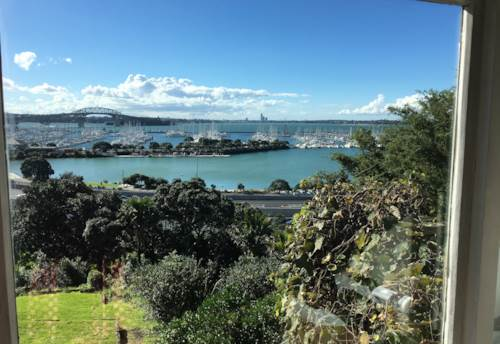 St Marys Bay, St Marys Bay Flat with Stunning Views, Property ID: 37001448 | Barfoot & Thompson