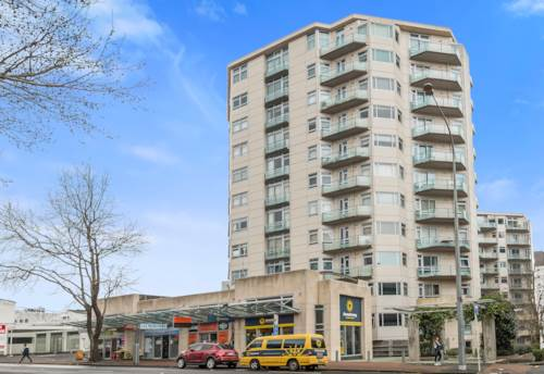 City Centre, Location & Space , Property ID: 37001479 | Barfoot & Thompson