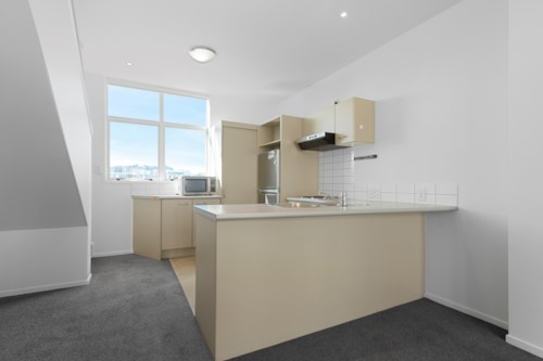 Grey Lynn, Re- freshed, Best in the block!, Property ID: 37002626 | Barfoot & Thompson