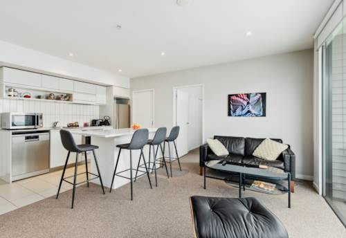 City Centre, Living the good life, Property ID: 37002640 | Barfoot & Thompson