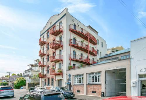 Ponsonby, Love where you live :Fully Furnished , Property ID: 37002706 | Barfoot & Thompson