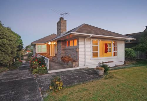 Remuera, Family Home on Large Site, Property ID: 38000161 | Barfoot & Thompson