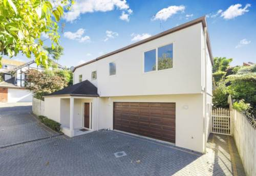 Remuera, TWO LEVELS OF CONTEMPORARY LIVING, Property ID: 38000198   Barfoot & Thompson